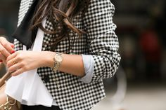 I could do a gingham blazer with that grey daniel rainn tunic and skinny jeans, right? Am I actually styling now?