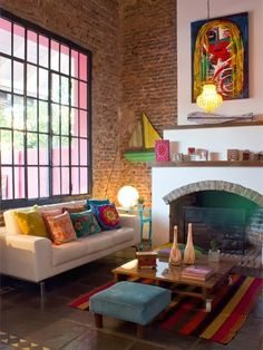 O charme dos tijolinhos aparentes: uma casa BoHo e colorida na Argentina | Casinha colorida#!/2014/02/o-charme-dos-tijolinhos-aparentes-uma....