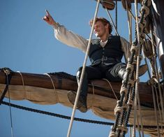 Outlander season 3 hits screens in September. Enjoy these behind-the-scenes pics of Sam Heughan and Clare while you wait. James Fraser Outlander, Sam Heughan Outlander, Outlander Season 3, Outlander Series, Claire Fraser, Jamie Fraser, Popsugar, Sam Heugan, Pirate Life