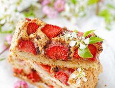 Frużelina truskawkowa na zimę - Najlepsze przepisy   Blog kulinarny - Wypieki Beaty Granola, Sandwiches, Strawberry, Fruit, Food, Mascarpone, Essen, Strawberry Fruit, Meals