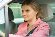 Safety Tips for Women Driving Alone - Edmunds.com