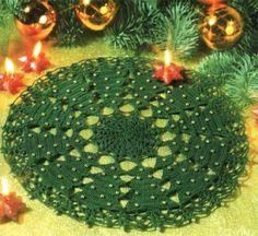 Crochet Christmas tree doily pattern diagram.