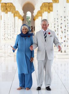 Camilla, Duchess of Cornwall and Prince Charles, Prince of Wales visit the Grand Mosque on the first day of a Royal tour of the United Arab Emirates on November 6, 2016 in in Abu Dhabi, United Arab Emirates. Prince Charles, Prince of Wales and Camilla, Duchess of Cornwall are on a Royal tour of the Middle East starting with Oman, then the UAE and finally Bahrain.