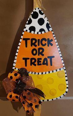 Country Halloween, Halloween 1, Halloween Projects, Holidays Halloween, Halloween Decorations, Crafts To Do, Paper Crafts, Pumpkin Patch Party, Halloween Door Hangers