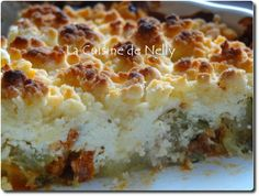 Courgette, chorizo and goat's cheese crumble No Salt Recipes, Sweet Recipes, Cooking Time, Cooking Recipes, Cooking Stuff, Zucchini, Salty Foods, Chorizo, Quiches