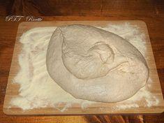 Impasto per pizza Idratazione 80% Lievitazione 24 ore - PTT Ricette Bread, Pane Pizza, Cooking, Oven, Lasagna, Pies, Kitchen, Brot, Baking
