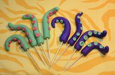 Fondant Tentacles Ocean Birthday Cakes, Ocean Cakes, Happy 7th Birthday, Homemade Birthday Cakes, 6th Birthday Parties, Birthday Bash, Pirate Theme, Pirate Party, Octopus Cake