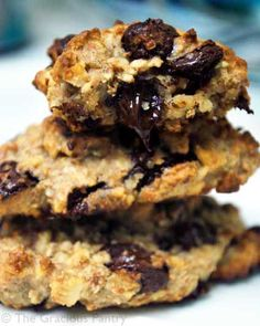 Clean Eating Choc Chip Cookies  2/3 cup almonds  1/3 cup cooked oatmeal  3 tablespoons honey  1 teaspoon vanilla  1 teaspoon cinnamon  1/8 cup whole wheat pastry flour  1/2 cup grain sweetened chocolate chips