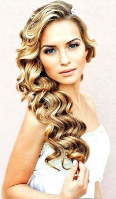 Prom hairstyles   wedding hairstyles   side swept hair  http://www.hairstylo.com/2015/07/prom-hairstyles.html