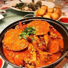 Chilli crab is a Singapore national dish that many locals and foreigners love. Although the crab is what we crave, the sauce is usually the main highlight of the dish, with steamed or deep fried [. Chilli Crab Singapore, Chilli Crab Recipe, Crab Dishes, Freshly Squeezed Orange Juice, National Dish, Crab Recipes, Fresh Seafood, Seafood Restaurant, Entrees