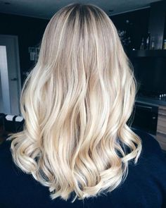 Latest Hottest Haircuts and Blonde for Long Hair; Trendy hairstyles and colors Women haircuts. Hot Haircuts, Layered Haircuts, Hairstyles Haircuts, Pretty Hairstyles, Wedding Hairstyles, Ombre Hair, Balayage Hair, Natural Hair Styles, Short Hair Styles