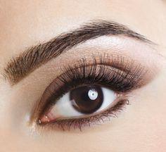 Perfekte Augenbrauen gelingen am besten mit Augenbrauenstiften und Augenbrauenpuder.  Langanhaltendes Augenbrauenpuder findet ihr hier: http://www.wimpernwuensche.de/augenbrauen/augenbrauen-make-up/augenbrauenpuder.html  #Augenbrauen #Augenbrauenpuder #Augenbrauenstift