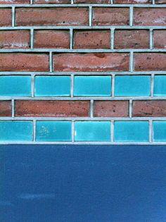 glazed brick #19