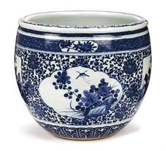 Chinese blue and white fish-bowl                    (Christie's auction results for 2011)                                                                                                                                                   KANGXI (1662-1722)