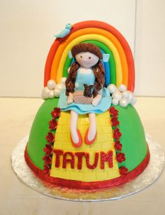 Wizard of Oz cake.