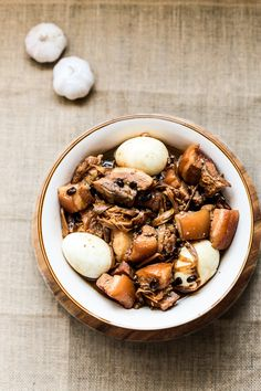 If you know a bit of the Filipino cuisine then definitely you might have encountered the most popular Filipino dish Adobo. Now what does that have to do with our recipe today? Well if...