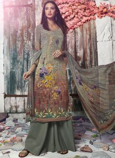 Buy party wear salwar kameez such as indian party wear salwar suit, designer party wear salwar kameez online. Grab this faux crepe digital print work trendy palazzo suit. Palazzo Suit, Printed Palazzo Pants, Salwar Suits Online, Designer Salwar Suits, Ethnic Fashion, Indian Fashion, Indian Party Wear, Digital Print, Embroidered Clothes