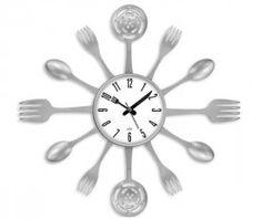 Gümüş Çatal Kaşık Duvar Saati- Mutfağınız için yaratılmış. #mutfak #saat #duvarsaati #dekorasyon Ürünü incele : http://www.keyfipasaj.com/gumus-catal-kasik-duvar-saati