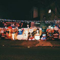 Holiday lights in Philly's Fishtown neighborhood. (Photo by C. Benner for Visit Philadelphia)