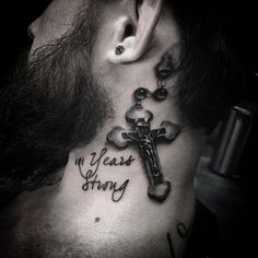 Tons of Rosary Tattoos, Rosary photos and ideas for your own unique Rrosary Tattoo. Get your Rosary Tattoo ideas here. Rosary Tattoo On Ankle, Rosary Bead Tattoo, Rosary Beads, Arm Sleeve Tattoos, Foot Tattoos, Finger Tattoos, Neck Tattoos, Rosario Tattoo, Glitter Glasses