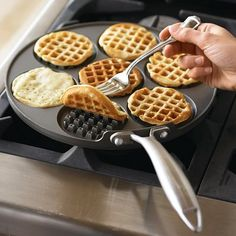 Great waffle pan. I have a Belgium waffle maker and it makes 1 waffle at a time, this would be nice to have for a crowd.
