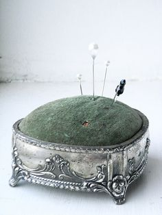 vintage Japanese pin cushion - this one is in my collection with a different colored felt.