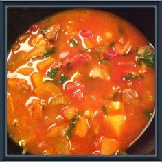Dette er en rigtig god og nem suppe, som jeg har lavet et hav af gange... Og så smager den helt fantastisk på en kold vinteraften...     4 p...