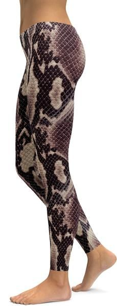 http://www.gearbunch.com?rfsn=633090.8644e&utm_source=refersion&utm_medium=influencers&utm_campaign=633090.8644e Anaconda Snake Skin Leggings