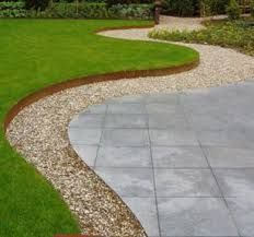 The lawn ideas landscaping can be a good solution for a nice garden decoration, the lawn is elegant and easy to grow. Plastic Garden Edging, Steel Garden Edging, Lawn Edging, Garden Paths, Lawn And Garden, Steel Edging, Lawn And Landscape, Landscape Design, Back Gardens