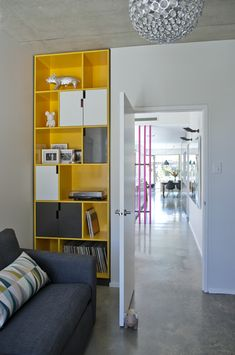 ROOM DIVIDERS/PINK