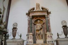 Statua di San Giovanni Battista.  Cappella di San Giovanni in San Domenico Maggiore a Napoli.  Gerolamo d'Auria