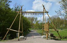 In natuur- en recreatiegebied Broekpolder kun je wandelen, fietsen, spelen, paardrijden en watersporten. Vanuit de Broekpolder kun je de rest van het Midden-Delflandgebied verkennen. Het is een gevarieerd gebied met hogere natuurwaarde en allerlei recreatieve voorzieningen. In de Broekpolder vind je onder andere het Klauterwoud: een plek voor kinderen om avontuurlijk buiten te spelen in de natuur.