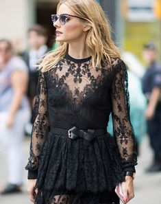 The Only Two Nail Colours Olivia Palermo Ever Wears via @ByrdieBeautyAU