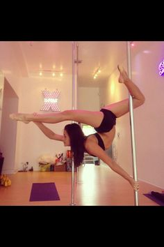 Amazing pole move! Need to try.