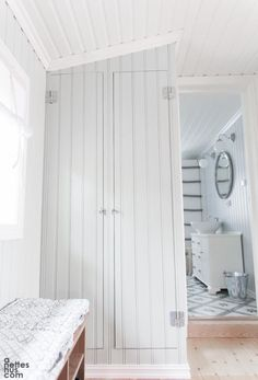 Page 36 – love you home! Different House Styles, Dream Beach Houses, Upstairs Hallway, Swedish House, Compact Living, Mudroom, Old Houses, Interior Inspiration, Building A House