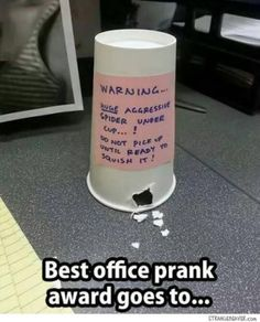 Check Out These Awesome April Fools Pranks Ah, April a day to act like a complete fool guess that's why it's called April Fools Day. Fresh out of ideas? These April Fool pranks below could be worth a try. Get the recipe to make these poop cookies HERE Funny Pranks, Funny Jokes, Memes Humor, Evil Pranks, Best Pranks, Funny Office Pranks, Awesome Pranks, True Memes, Humor Quotes