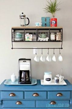 Coffee Bar Ideas - Looking for some coffee bar ideas? Here you'll find home coffee bar, DIY coffee bar, and kitchen coffee station. Wine And Coffee Bar, Coffee Bars In Kitchen, Coffee Bar Home, Home Coffee Stations, Coffee Corner, Coffee Cozy, Iced Coffee, Office Coffee Station, Starbucks Coffee