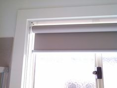 Holland blind taupe