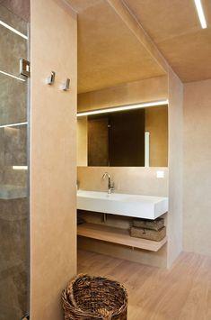 Open Floor Plan Puts Focus on Spanish Coast - http://freshome.com/open-floor-plan-spain/