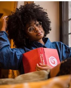 The Best Natural Hair Care Products Natural Hair Journey, Natural Hair Care, Natural Hair Styles, Short Curly Haircuts, Short Hair Cuts, Curly Short, Pelo Afro, Foto Casual, Pinterest Hair