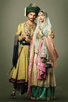Bajirao Mastani Deepika Ranveer, Deepika Padukone In Saree, Ranveer Singh, Times Of India, Desi Clothes, Indian Dresses, Pakistani Dresses, Indian Outfits, Pakistani Suits