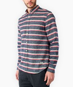 Penfield Hants Flannel Long Sleeve Shirt Blue: 100€ http://www.seriebshop.com/producto/camisas-hombre/penfield-hants-flannel-long-sleeve-shirt-blue/