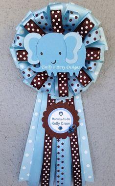 Corsage Baby Elefante Azul para futura mamá. por designsbyemilys