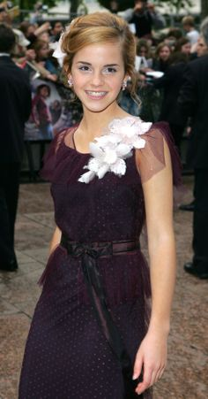 """Emma Watson in 2004 at the """"Harry Potter and the Prisoner of Azkaban"""" UK premiere."""