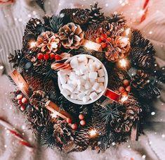 Christmas Collage, Cosy Christmas, Christmas Feeling, Merry Little Christmas, Christmas Time, Christmas Decor, Christmas Wreaths, Christmas Cards, Christmas Lights Wallpaper