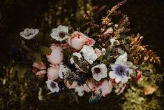 The love and attention to detail that brides and florists put into wedding flowers adds a magical touch to the big day. Don't you agree? Spring Wedding, Boho Wedding, Wedding Bouquets, Wedding Flowers, Rustic Bouquet, Botanical Wedding, Festival Wedding, Caravan, Big Day