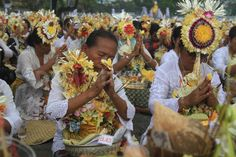 A religious Hindu ceremony in Bali