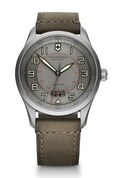 VICTORINOX Swiss Army Airboss Limited Edition | The nobility of titanium for two new limited editions