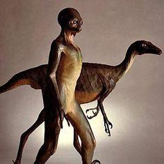 Dinosaurios inteligentes podrían haber evolucionado en otros planetas y ser, en la actualidad, las especies dominantes en sus mundos de origen.