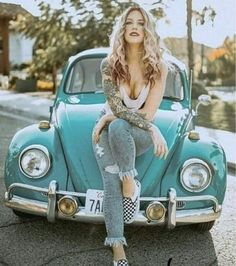 I just wanted a place for all the pictures of girls and VWs I've acquired. Bobber Chopper, Volkswagen Bus, Vw Camper, Campers, Vw Coccinelle Cabriolet, Sexy Autos, Hot Rods, Bus Girl, Fashion Models